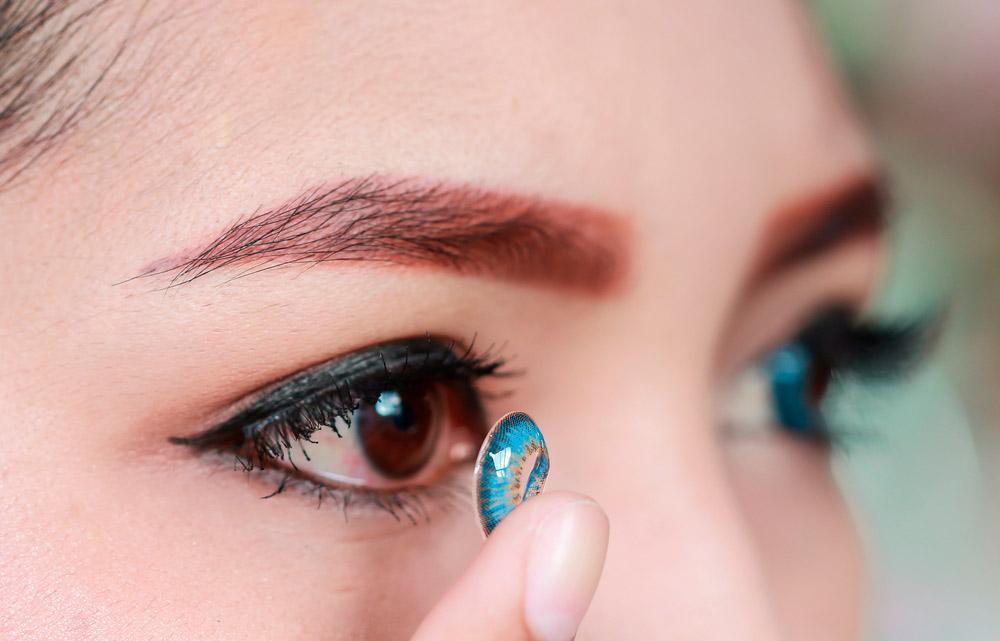 Как выбрать оттеночные линзы для чёрных глаз?