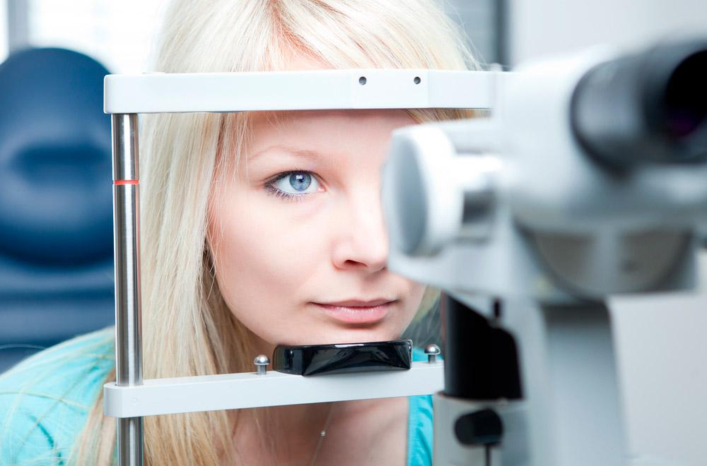 Подбор контактных линз: консультация у офтальмолога