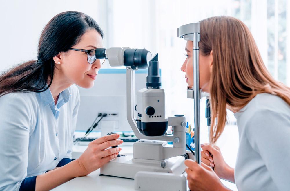 Подбор линз: консультация у офтальмолога