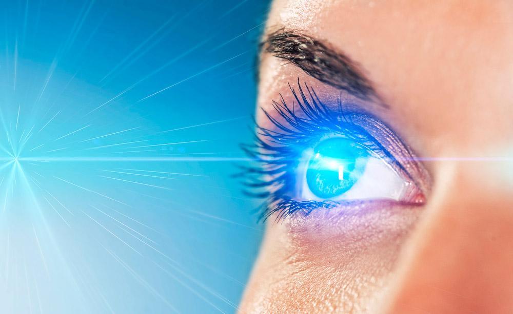 Когда глаза подвергаются избыточному излучению?